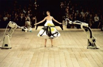 V&A博物馆展示Alexander McQueen:野人美容