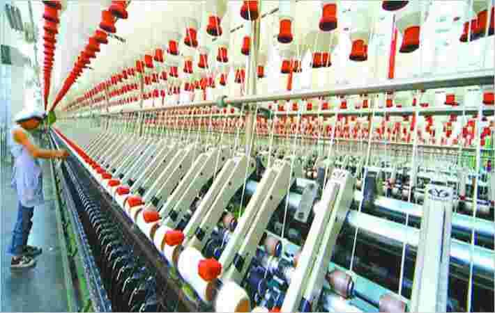 乌兹别克斯坦开始主要纺织复杂建筑