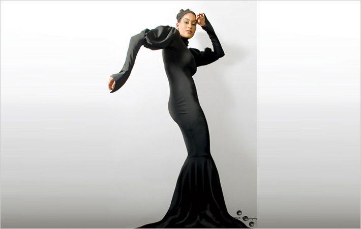 节约时装周到展示国际设计师